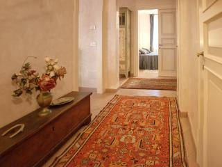 Venice; Absolutely Stunning  2 Bedrooms on the Giudecca Island. 2 Bedrooms,1 bathroom , Great Value, Venezia