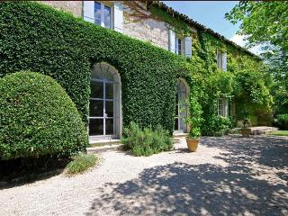 Stylish Provencal Stone Mas with Pool Near Medieval Village, Sleeps 10