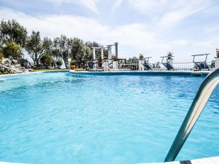 Private swimming pool, terrace, incredible VILLA IL MIRTO 2 with sea view