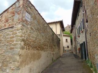 Domus Ghibellinae, Fonte di San Benedetto