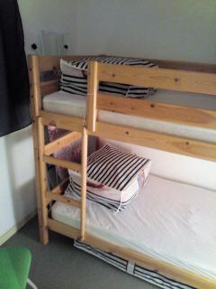 La chambre avec ses lits superposés