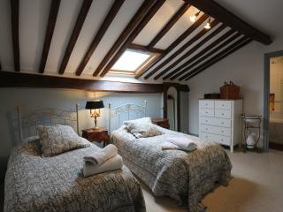 Chambre Neuil Bed and Breakfast.Dordogne Perigord, Nontron