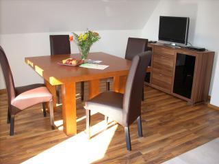 Vacation Apartment in Lindau - 323 sqft, 2 bedrooms, max. 4 people (# 6970), Weissensberg