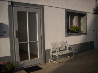 Vacation Apartment in Lindau - 323 sqft, 1 living room / bedroom, max. 2 people (# 6971), Weissensberg