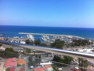 3b Deluxe Seaview-Finikoudes Beach, Larnaka City