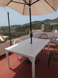 Roof Terrace with Sea Views, Dining Table and Chairs, Sunshade