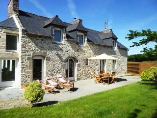 Country house near to beaches - St Malo and Dinan, Crehen