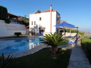 Villa Amalia, Aptera