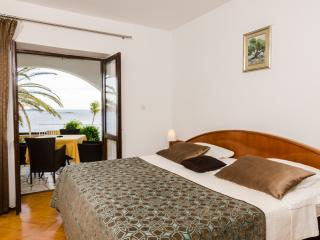Apartments Sandito - One-Bedroom Apartment with Terrace and Sea View
