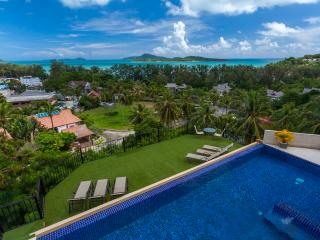 DIAMOND: 9 Bedroom, Seaview, Private Pool Villa