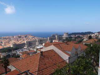 Room with bathroom-center, Dubrovnik
