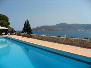 Beach house near Athens, Porto Rafti