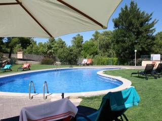 Villa au golf Bonmont a 10 minutes des plages!