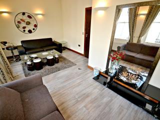 EuroEscape Apartments 2Bed 1Bath, London