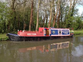 Armada boat hire, Harborough Magna