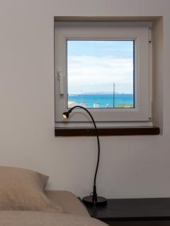 spacious attic, double bedroom, ocean / Berlenga view