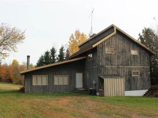 Located at Base of Powderhorn Mtn in the Western Upper Peninsula, A Spacious Trailside Vacation Home With A Large Game Room, Bessemer
