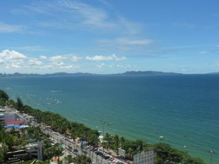 BANGKOK-PATTAYA JOMTIEN 20th floor view  on sea