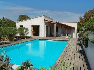 Villa Coucou Les Amis with swimmingpool very near to the beach: Plage de Villata