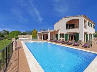 Villa Xiquetes, Cala Ferrera