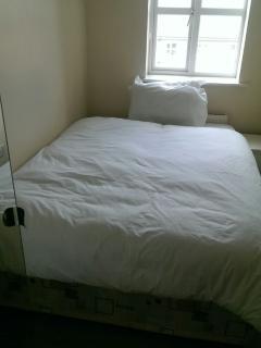 Bedroom 2 Double bed