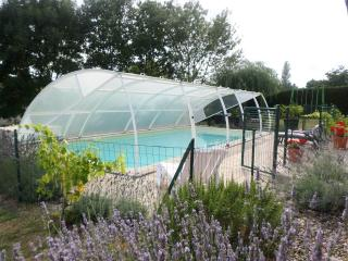 private gite with lovely private pool, free wifi
