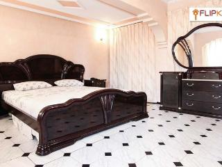 Luxury-Centrally Located. (wifi), Casablanca
