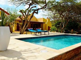 Villa Adelaida, Aruba