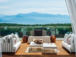 Grand Luxxe Loft 2br+stu w/ free golf and massages, Nuevo Vallarta