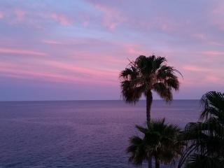 Beautiful SEAFRONT apartment 100m2 SOUTH TENERIFE, Costa del Silencio