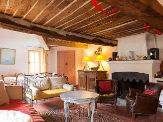 Maison Mimosa - Boutique 17th Century holiday let