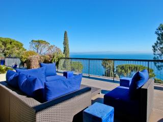 Tuscany Seaview Apartment-Villa, Monte Argentario