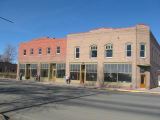 Borden's Hotel