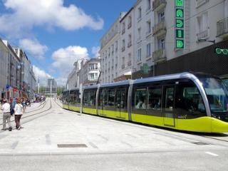 Brest beau T3/4 proche centre ville, port, tramway, téléphérique