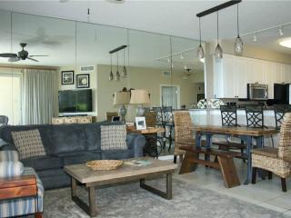 Crescent Condominiums 102, Miramar Beach