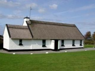Ballyvaughan Holiday Cottages 4 Bed (Type A) : Ballyvaughan, Clare, Tulla