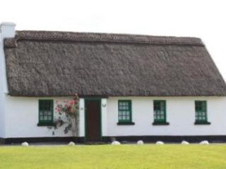 Ballyvaughan Holiday Cottages - 3 Bed (Type B) : Ballyvaughan, Clare, Tulla