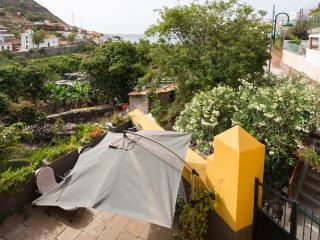 Cottage family house in natural environment, Santa Cruz de Tenerife
