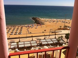 2 bedroom Apartment rental by the sea, Quarteira