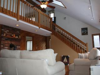 Large Waterville area home w/views & 2 kitchens, Campton Hollow