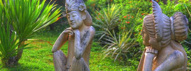 Statue Views on garden