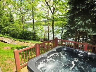Lakefront 5 Bedroom w/Dock Slip: The Perfect Deep Creek Home for Relaxation!