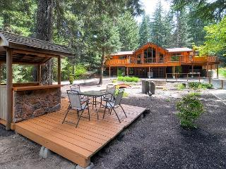 ONE-of-a-KIND Riverfront Home Near Suncadia! 4BD, Slps12 | 3rd Nt Free, Cle Elum