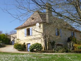 Typical PERIGORD  2 rooms 1 big garden, Bergerac