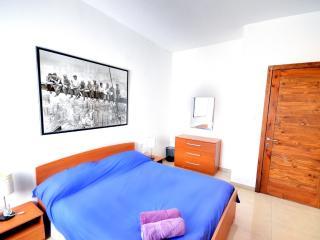 Apartment in Gzira - 3 minute walk from Sliema