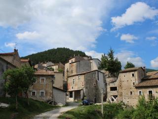 Cervo - WI-FI - National Park Abruzzo, Bisegna