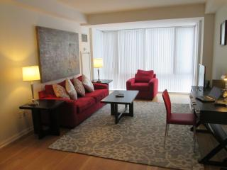 Lux 2BR Cambridge Apt w/Pool