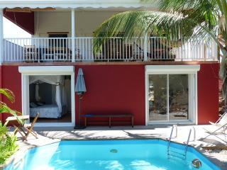 pool villa 4 bedroom near sea, Sainte-Anne