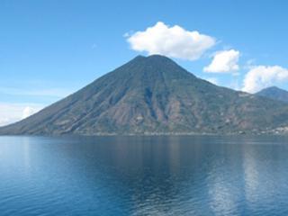 Frente al lago hermoso chalet vistas espectaculares, San Marcos La Laguna