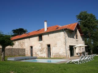 luxury holiday house with swimmingpool, Soreze